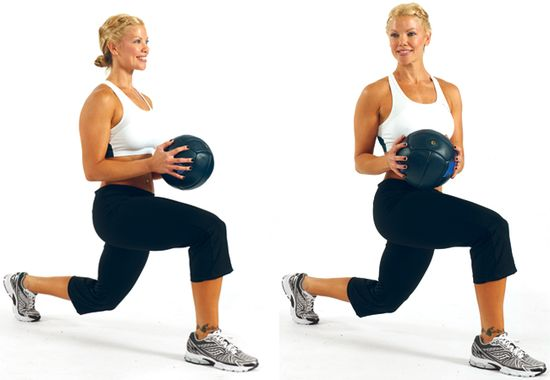 PT Nerissa Peach demonstrates the walking lunge with twist, a great exercise for your legs and #core.