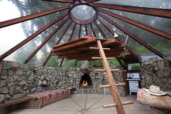 hanging/platform bed under a 360° window/transparent dome - heaven… Richard Olsen's Handmade Houses