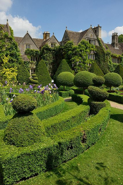 Abbey Gardens, Malmesbury, Wiltshire