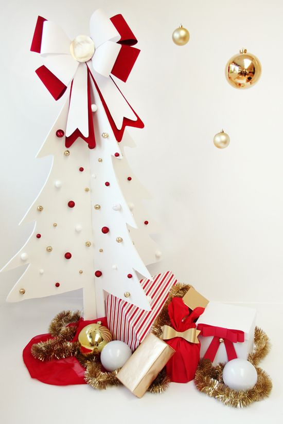 Easy DIY Christmas Tree ~ So pretty... made our of two Pieces of Foam Core