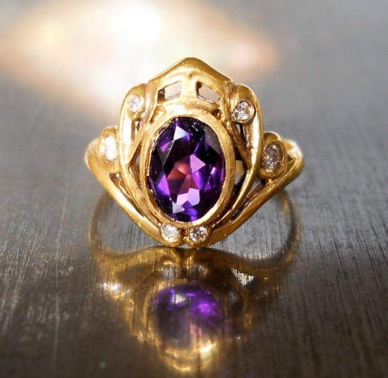 Art Nouveau Amethyst and Diamond 18k Ring