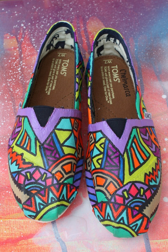 Get a pair of shoes $17.59,customize them and make them one of a kind.DIY Toms ! !! Holy cow!  #diy #Toms #shoes
