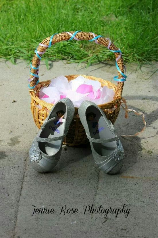 Flower girls shoes and basket