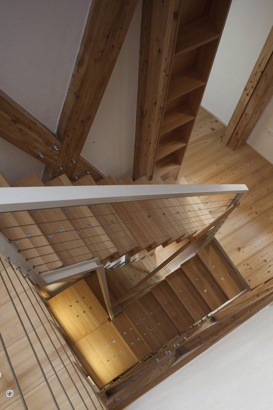 Casa Ceschi, Vicenza, 2009 by Traverso-vighy #architecture #wood #stair #design #interiors