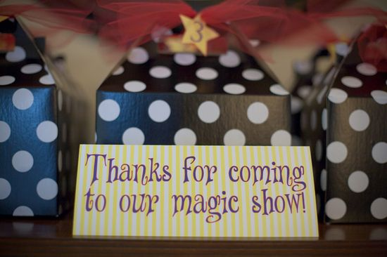 Magic themed party favors