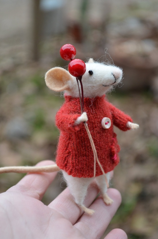 The Little Mouse with recycled sweater - unique - needle felted ornament animal, felting dreams by johana molina on Etsy.