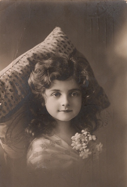 What a preciously darling doll of a little girl. #Edwardian #child #girl #portrait #beautiful #1900s #vintage
