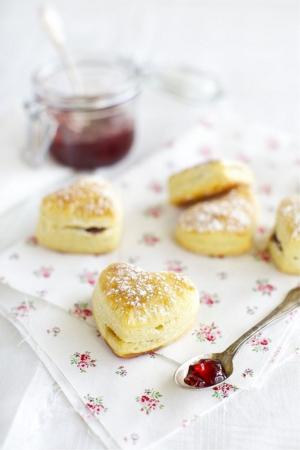Charmingly heart shaped Curd Puff Pastries. #pastry #bread #scones #hearts #food #breakfast #brunch