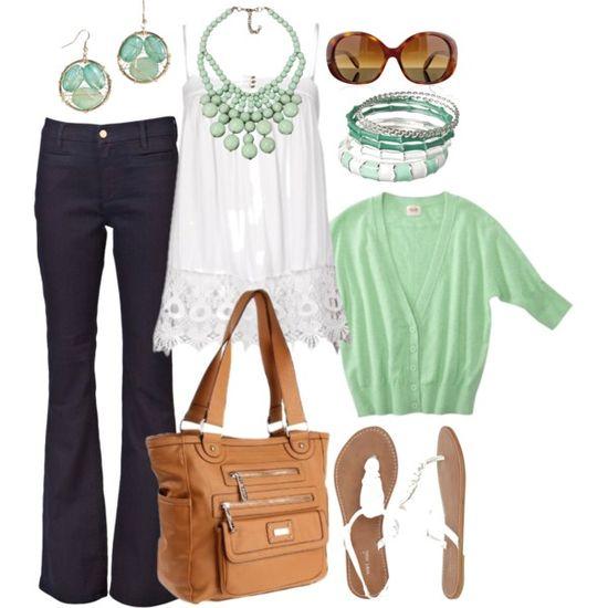 Casual Outfit...Linda combinación de color, pastel + índigo :)