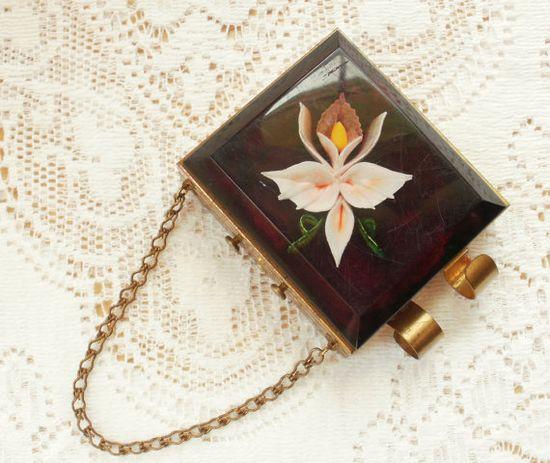 Vintage lucite compact purse.