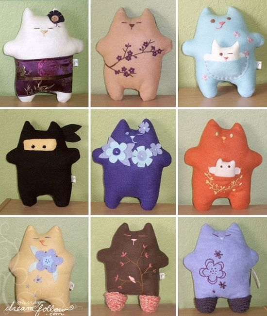 and MORE felt cats!