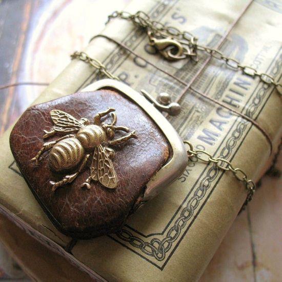 Bee Change purse