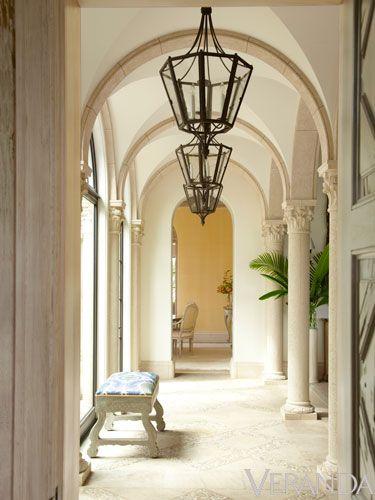Palm Beach home by Jane Schwab and Cindy Smith - Circa Interiors.  Charlotte, NC