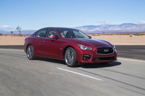 2014 Motor Trend Car of the Year Contender: Infiniti Q50 - Motor Trend WOT