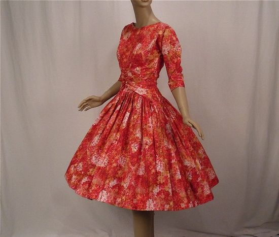 I love 50's party dresses way too much.