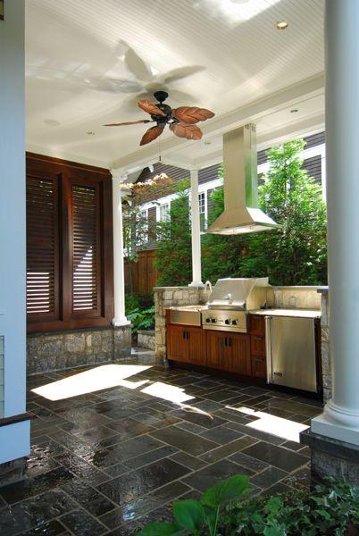 Outdoor Kitchen. Jones Pierce Architects.