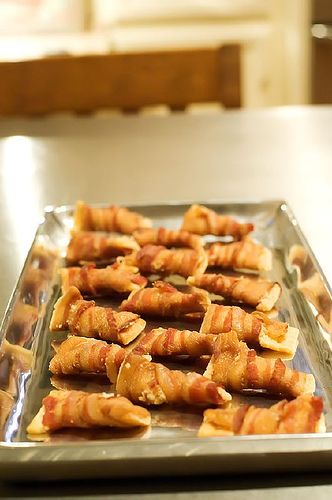 Holiday bacon appetizers... They say these are to die for!!