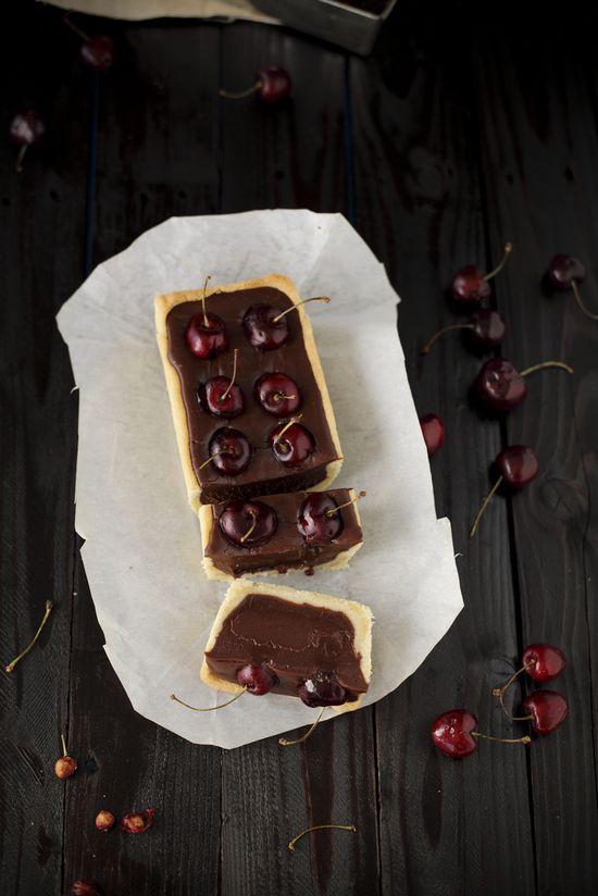 cherry ganache tart with shortbread crust