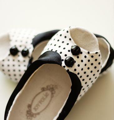 Handmade polka dot shoes for little girls :)