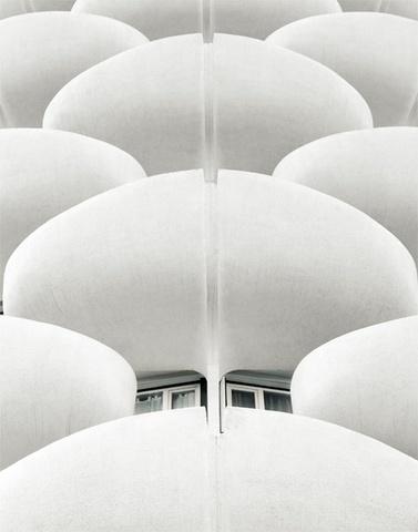 White architecture _