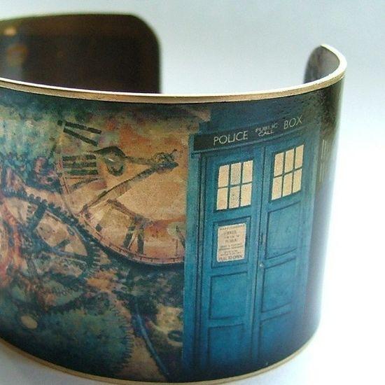 wonderful Doctor Who cuff