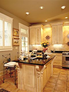Another beautiful kitchen