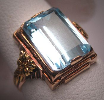 antique aquamarine ring set in rose and green gold