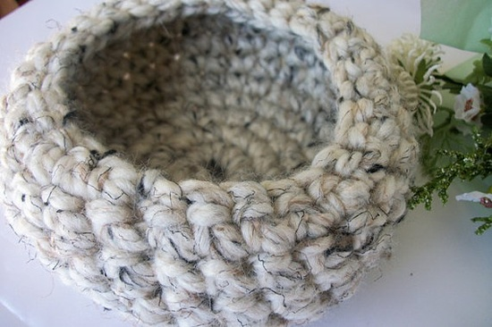 Crocheted basket bowl oatmealcolored thick by ThePeacefulHeart, $10.00