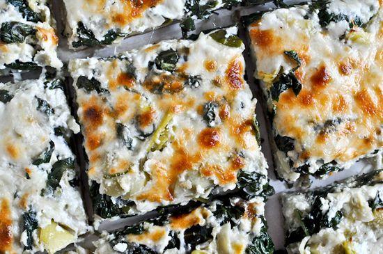 Cheesy Spinach and Artichoke PIZZA!