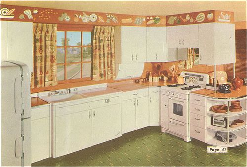 Love this kitchen!   1954 National Plan Service Kitchen by American Vintage Home, via Flickr