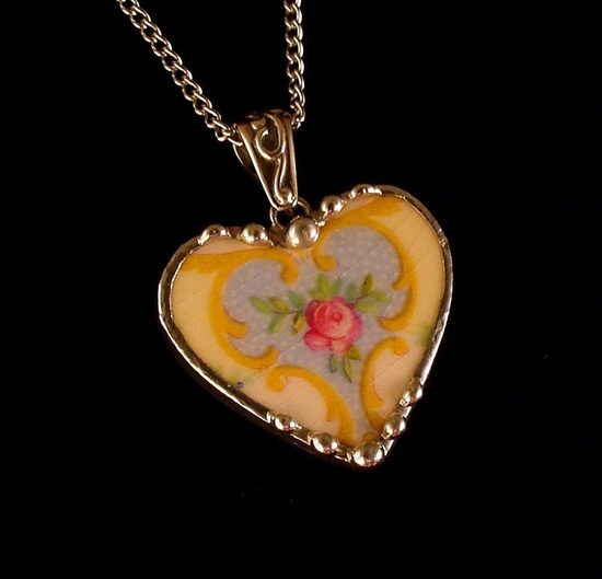 Broken china jewelry heart shaped necklace pendant Victorian pink rose with yellow design