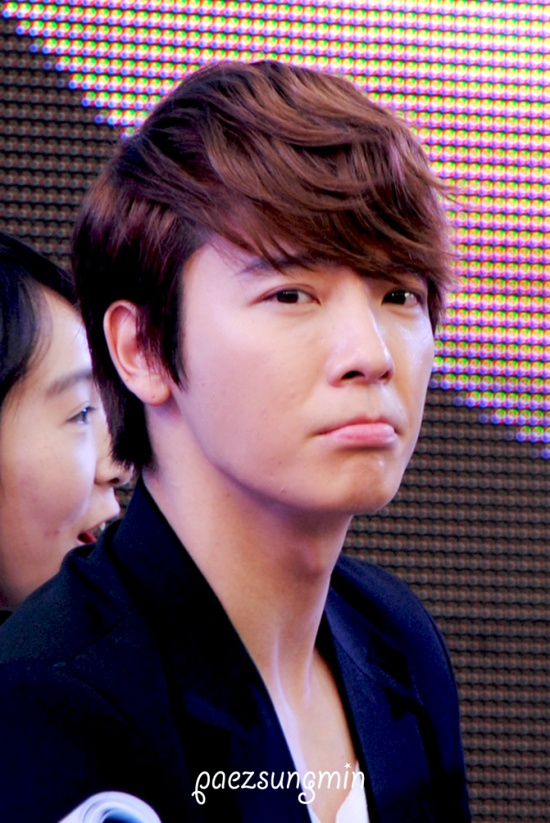 Sad Face Donghae. Who could say no to this face?