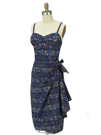 1950s Blue Batik Tapa Print Vintage Hawaiian Sarong Dress - love!!! #vintage #1950s #tiki #Hawaiii #dress #fashion