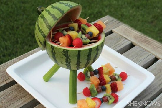 Watermelon grill with fruit kabobs!  This is awesome! #watermelon