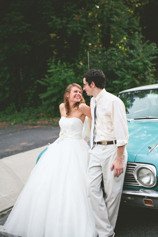 wedding photography pose with antique car