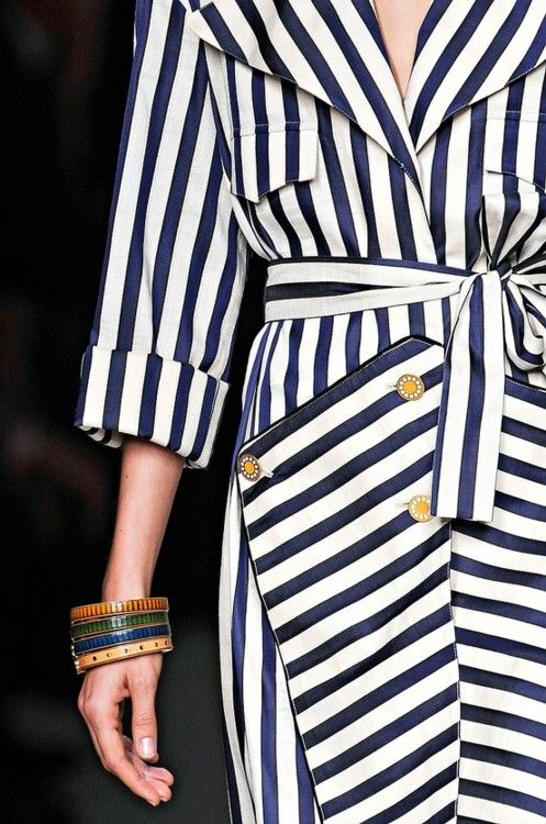 striped trench / Unknown