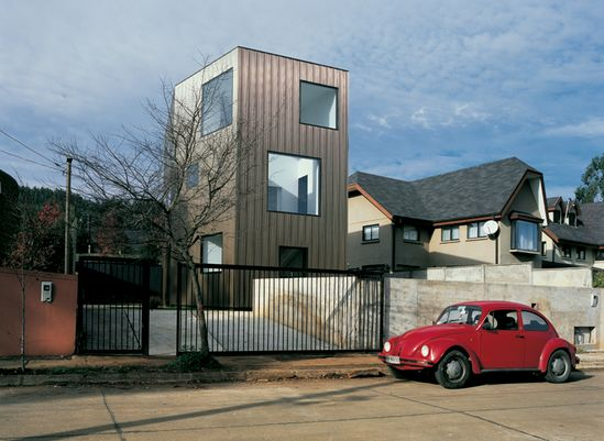 wolf house by pezo von ellrichshausen