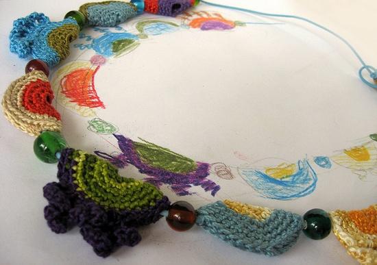 marica kuznjecov bolevic:   Colorful textile Necklace
