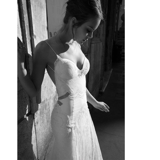Special lace mermaid sexy wedding dress