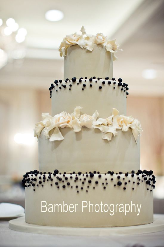 Elegant Black Pearls Wedding Cake