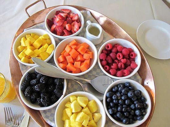 Make your own fruit salad, beautiful way to serve fresh fruit.