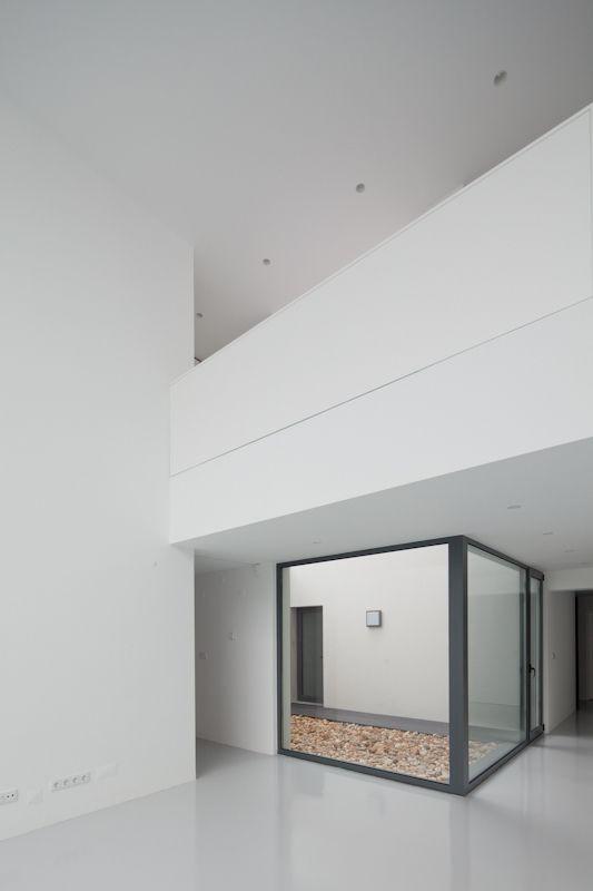 All-white interior of the DJ House by [i]da arquitectos. Nice.
