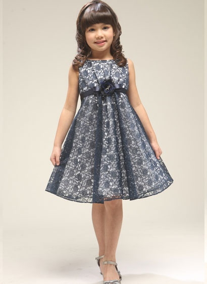Flowergirls - flowergirl dress - black lace over white