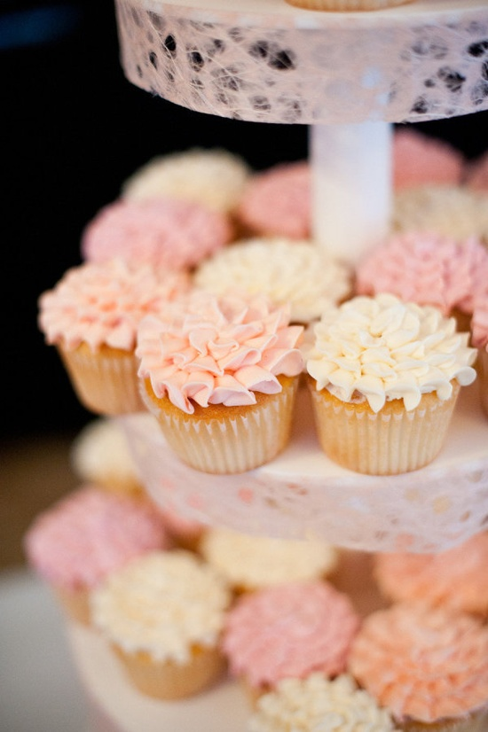 The bride described her cupcakes as peony inspired ;) Photography by snapri.com / Sweets table by scrumptions.com