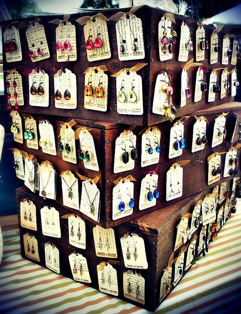 Wine Box Earring Display by DoxyDame, via Flickr  #display #ideas #craft #shows #market #jewelry #craft #stall #markets #handmade