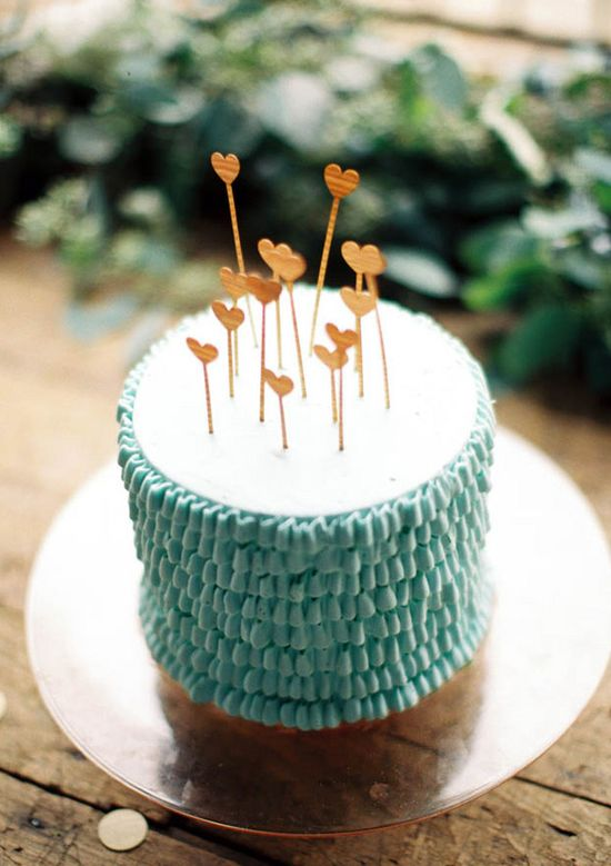 Wooden hearts cake topper.