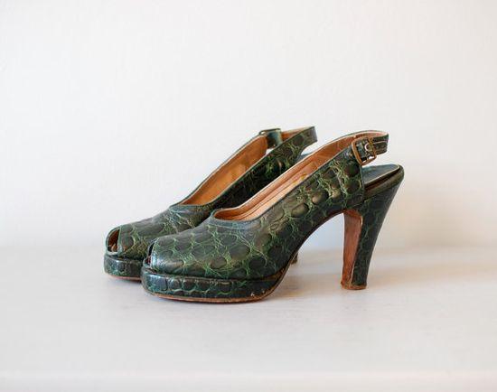 1940s Green Alligator peeptoe platform heels