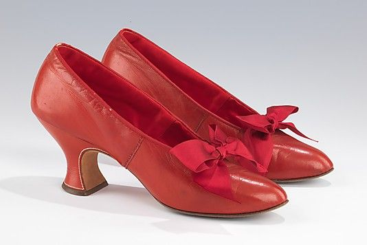 Shoes 1906, French, Made of leather