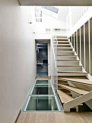 Cool stairs/flooring design