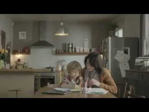 Ipad vs Paper - Funny Commercial - YouTube